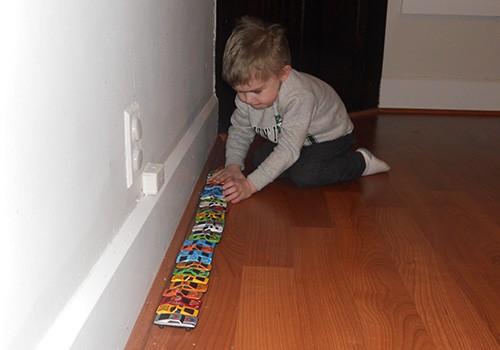 Semne Clinice in Autism (Abilitati de Joc si Comportament Repetitiv cu Interese Limitate)