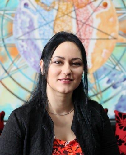 Iuliana Marin