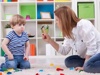 """""""Nu te platesc pentru a te juca cu copilul meu cu autism. Fă lecții cu el!"""""""